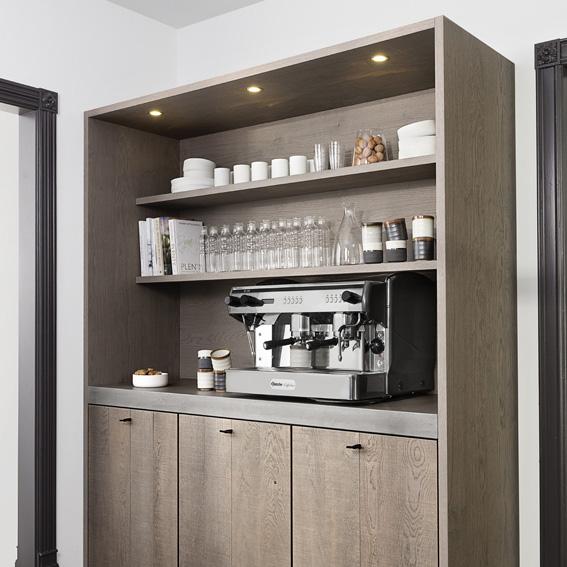 Koffie corner in de kastenwand