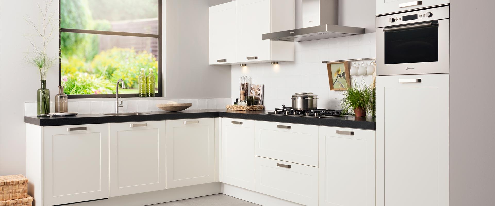 Waarom is de juiste hoogte van uw keukenblad zo belangrijk?